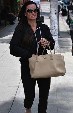 wholesale designer handbag supplier