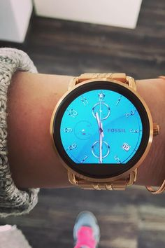 The Q Wander display smartwatch is your ultimate New Year's resolution companion. It tracks your steps, keeps you up to date with notifications and is the perfect addition to your wardrobe. via @ eygee_one