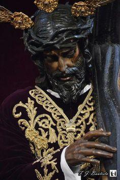 Los gitanos Black Jesus, Holy Week, Mother Mary, Bohemian Gypsy, Catholic, Marie, Holy Quotes, Altar, Bears