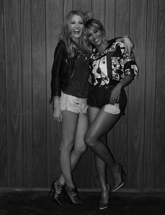 Pin for Later: This Is What It's Like to Be on Set With Beyoncé and Blake Lively  Source: Beyoncé Knowles