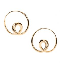 Michael Good  A delicate balance between tension and flexibility, complexity and simplicity – these are the hallmarks of Michael Good jewelry.