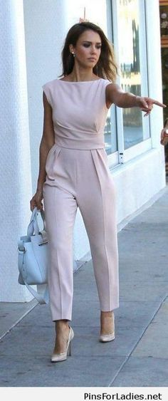 40 Trendy Work Attire & Office Outfits For Business Women Classy Workwear for Professional Lo. - 40 Trendy Work Attire & Office Outfits For Business Women Classy Workwear for Professional Look, - Classy Work Outfits, Office Outfits Women, Outfits Casual, Mode Outfits, Fashion Outfits, Fashion Ideas, Winter Outfits, Office Clothes Women, Office Dresses For Women