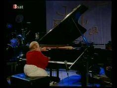 One of the best songs ever!! Michel Petrucciani - Caravan