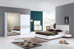 Almira Modern Yatak Odası Özellikleri Her sabah yeni bir hayale uyananların tercihi Ürün E1 Standartlarına Uygun Şekilde Üretilmiştir. İskeleti Suntalam'dır. Karyola başlığı özel tasarım döşeme ve led aydınlatmalıdır. Karyolası bölünebilir ve kendinden bazalıdır. Komidinde başucu aydınlatması mevcuttur. Şifonyer led aydınlatmalıdır. Dolap kapakları sürgülü sistemdir ve çift taraflı frenlidir. Sessiz çalışan ithal sistemdir. Çekmecelerde ve kapaklarda yavaşlatıcı stoplar mevcuttur.