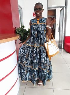 modern african fashion that looks fabulous . African Maxi Dresses, African Fashion Ankara, Latest African Fashion Dresses, African Dresses For Women, African Print Fashion, African Attire, Chitenge Dresses, Moda Afro, African Traditional Dresses