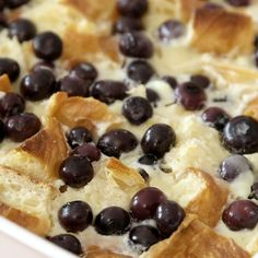 Blueberry Croissant Bread Pudding is a versatile dish for breakfast, brunch or d. Blueberry Croissant Bread Pudding is a versatile dish for breakfast, brunch or dessert. Blueberry Cheesecake Croissant Bake only takes 10 minutes to p. Blueberry Bread Pudding, Bread Pudding With Croissants, Croissant Bread, Blueberry Cheesecake, Bread Puddings, French Croissant, Easy Bread Pudding, Easy Blueberry Desserts, Blueberry Danish