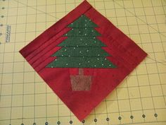 Christmas Tree paper pieced quilting