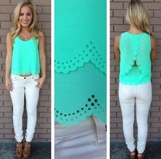 Adorable spring outfit!
