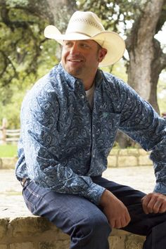 Cinch Men's Blue Floral Paisley Print Long Sleeve Button Down Shirt