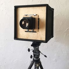 I Built an Paper Negative Box Camera. and It Works! Pinhole Camera, Box Camera, Camera Photos, Alternative Photography, Hacks Diy, Photography Tips, It Works, Wall Lights, Paper