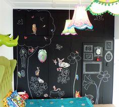 Chalkboard wall executions at home; chalkboard projects at home Chalkboard Wall Kids, Blackboard Paint, Home Decor Bedroom, Diy Room Decor, Kids Bedroom, Bedroom Wall, Sala Tropical, Gypse, Floors And More
