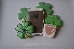 St Patrick's Day Cookies 2013 by A Saechao, via Flickr