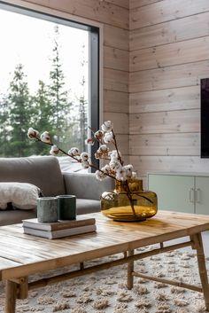 Log Home Interiors, Wood Interiors, Cottage Interiors, Modern Cabin Interior, Scandinavian Cabin, Woodlands Cottage, Modern Kitchen Design, Log Homes, Sweet Home