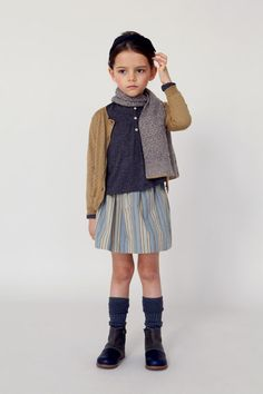 Founded in Caramel creates luxury womenswear, childrenswear and homewares. Its clothes are underpinned by understated sophistication, a refined simplicity, functionality and an extraordinary attention to detail. Little Girl Fashion, Toddler Fashion, Kids Fashion, Fashion Hats, Fashion Trends, Little Fashionista, Photo Bb, Caramel Baby, Kids Outfits