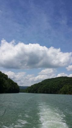 Beautiful,  Norris  Lake.. heading back to Whitman Hollow from Indian  River.