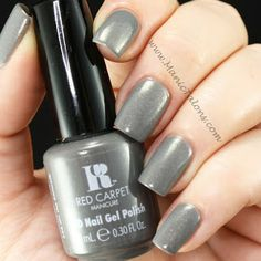 Red Carpet Manicure On the Catwalk