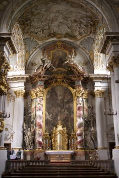 Breathtaking Baroque architecture - Church