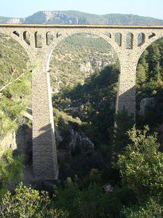 [Viaducto Varda, Adana] > [*- Puente en arco en la Provincia de Adana, Turquía. Longitud total: 172 m. Inauguración: 1916. Propietario: Ferrocarriles Estatales de la República de Turquía. (Wikipedia)] » Adana Vardar Koprusu