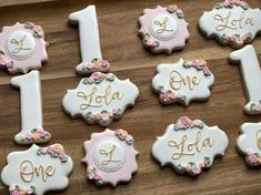 You will get 1 Dozen of Cookies decorated with Royal Icing(12 regular sized cookies) -as picturedLet me know if you would like to make any changes to them(different color, or different wording on them).Please send me the name in a message you would like to have on your cookies. Ingredients: Flour, Sugar, Butter, Eggs, Pure Vanilla, Baking Powder, SaltAll orders are made fresh to order, I do not make my cookies in advance. Please assure I have availability in my schedule prior to placing your ord Vanilla Cookies, Vanilla Sugar, Royal Icing Cookies, Sugar Cookies, Baby Shower Cookie Cutters, Baby Shower Cookies, First Birthday Cookies, 50th Birthday, Graduation Cookies