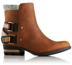 Lovely Lolla offers attitude and style without skimping on comfort and protection. Crafted of full-grain waterproof leather with felt ankle cuff, featuring a molded EVA footbed, stacked heels and rugged soles, and finished with heel strap and bronze hardware, this is your go-to boot for fall.