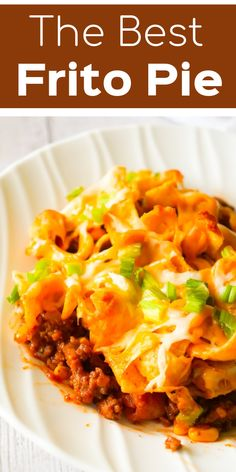 Frito Pie - This is Not Diet Food Frito pie is an easy ground beef dinner recipe. A ground beef chili base is topped with Fritos corn chips and cheese and baked in a casserole dish. Ground Beef Chili, Ground Beef Dishes, Ground Beef Recipes Easy, Beef Recipes For Dinner, Meat Recipes, Mexican Food Recipes, Cooking Recipes, Healthy Recipes, Chicken Recipes