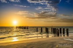 Enjoy every sunrise look forward to every sunset... Happy Friday have a wonderful weekend!  #nikonnofilter #sunrise_sunsets_aroundworld #naples #florida #sunset #travelphotography