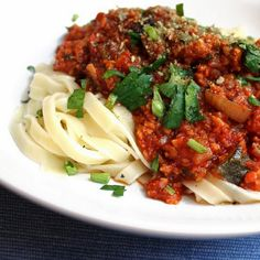 Veganmisjonen: Ukemeny, uke 11/2016 Bolognese, Spaghetti, Pasta, Vegan, Ethnic Recipes, Food, Essen, Meals, Vegans