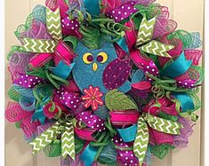 Items similar to Fun Owl Deco Mesh Wreath for Summer and Fall on Etsy