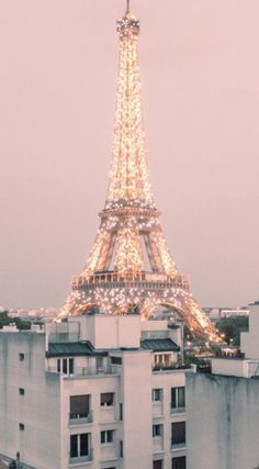 pink aesthetic vintage IPhone wallpaper for Eiffel Tower, Aesthetic Pastel Wallpaper, Cute Wallpaper Backgrounds, Aesthetic Backgrounds, Aesthetic Wallpapers, Iphone Wallpaper Glitter, Iphone Wallpaper Eiffel Tower, Aesthetic Pastel Pink, Wallpaper Pink Cute, Retro Wallpaper Iphone
