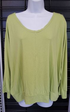 Womens Top CHICOs 3 Green Stretch Knit Tunic 3/4 Sleeves Cold Shoulder Zipper #Chicos #KnitTop #Casual