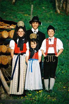 Oberstdorf_Historische_Tracht | Flickr - Photo Sharing! #Allgäu