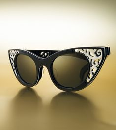 """these """"polaroid 1950 broadway"""" retro cats eye sunglasses will be on my arms soon!!!!"""