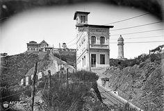 FUNICULAR TIBIDABO - Via del funicular del Tibidabo amb el Baixador de l'Observatori Fabra.