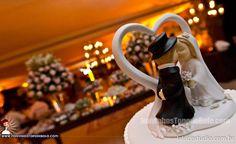 Você sabia que os recheios para bolos de casamento mais comuns são: baba de moça, nozes, doce de leite e damasco?   www.noivinhostopodebolo.com