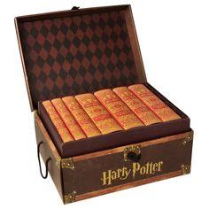 Harry Potter Gryffindor set with trunk 280$