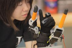 What Could You Do With 7 Fingers? #robot #tech #cyberculture
