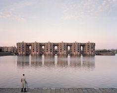 Laurent Kronental - Souvenir d'un Futur (22) Jacques, 82, Le Viaduc et les Arcades du Lac, Montigny-le-Bretonneux, 2015
