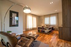 Projeto Juliana Stefanelli Arquitetura Casa Swiss  Sala de Estar Interior Design Biblioteca Decoração