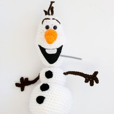 Grab this Super Cute FREE Olaf Amigurumi Crochet Pattern. Browse more Frozen Patterns, other Characters and many other Genres • wixxl.com