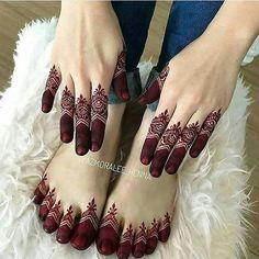 Mehndi Designs 2018 To Enhance The Beauty Of Your Hands And Feet Henna Tattoo Designs Simple, Finger Henna Designs, Legs Mehndi Design, Henna Art Designs, Mehndi Designs 2018, Mehndi Designs For Beginners, Mehndi Designs For Girls, Mehndi Design Pictures, Unique Mehndi Designs