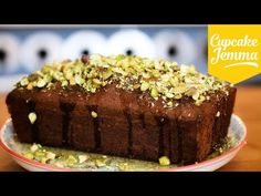 ▶ Pistachio, Lime and Cardamon Cake - YouTube