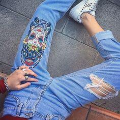 """""""Mi piace"""": 501, commenti: 2 - Gi.Sar. (@gisar_lifestyle) su Instagram: """"#1maggio Buona festa a tutti❣ Oggi con i nostri #calavera #GISAR #jeans - potete trovarli…"""""""