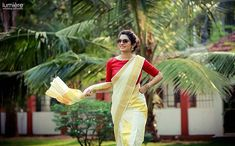 Want to get a chance to get featured on our page? DM us your pics along with credits. Onam Saree, Kasavu Saree, Kerala Saree Blouse Designs, Half Saree Designs, Kerala Traditional Saree, Set Saree, Gown Party Wear, Kerala Bride, Saree Poses