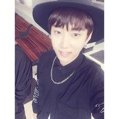 Cute! LOVE the hat!   { #Kanghan #JoYoungBin #Leader #MVP #PHEntertainment #Kpop } ©Instagram @kang.hann