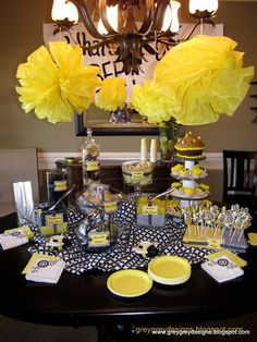 What's It Gonna BEE? Gender Reveal Party!  cute idea for whenever my bestie gets prego