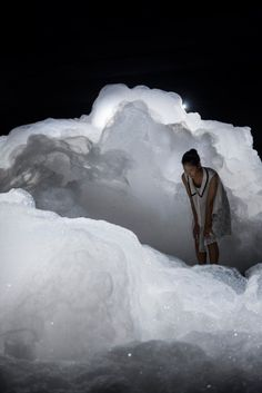 Cloud Landscape foam installation by Kohei Nawa