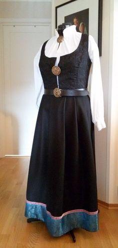 Festdrakt - Amalie str 42-46 Victorian, Sewing, Dresses, Fashion, Hipster Stuff, Vestidos, Moda, Dressmaking, Couture
