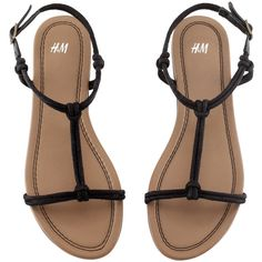 H&M Sandals ($7.16) ❤ liked on Polyvore featuring shoes, sandals, zapatos, flats, scarpe, strappy flat shoes, strappy flats shoes, flat pumps, strappy sandals and strappy shoes