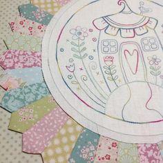 #flowerville #stitchery #embroidery #cottagegardenthreads #rosaliequinlandesigns #tildafabric
