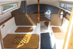 catalina 22, miss kitty sailboat trailer, yacht interior, nautical  interior, utility boat